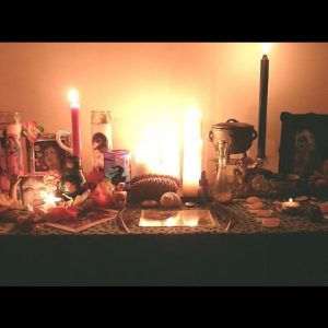 286. A Yule Memento: Mulled Cider, Vintage Shopping and Altar Time
