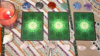 318. Powerful Three-Card Spreads for Summer Solstice